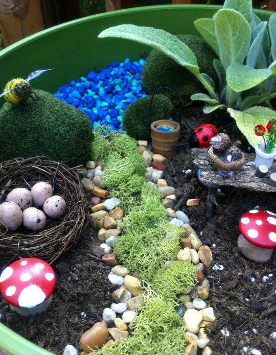 Do it Yourself Fairy Gardens #apartmenttherapy