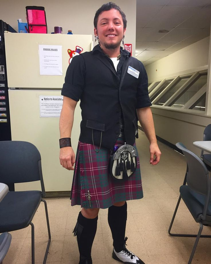 """43 Likes, 2 Comments - Aiden Crawford-ShortCloud (@aidenshortcloud) on Instagram: """"Working till 3:30 today at parkcenter albertsons and I'm able to wear my #kilt #clancrawford…"""""""