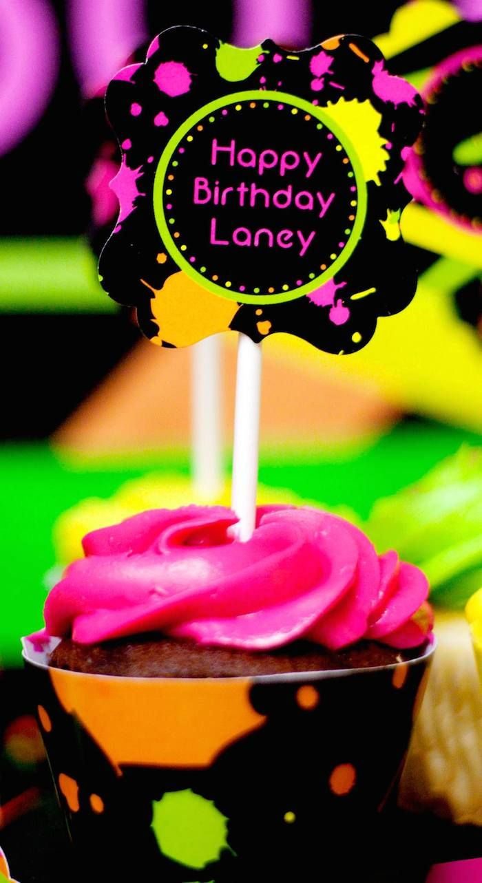 Neon 80's Skate themed birthday party via Kara's Party Ideas KarasPartyIdeas.com Decor, cake, invitation, banners, favors, recipes, and more! #neon #neonparty #glowinthedark #glowinthedarkparty #tweenparty #skateparty #80sparty (12)