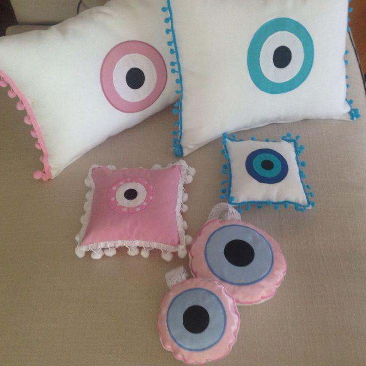 The eye ... Hand made pillows ...
