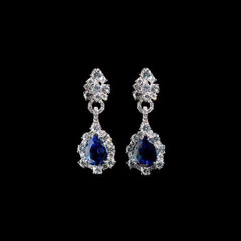 #SanValentino2016 per dire quanto è profondo il tuo #amore il #blu profondo del mare che diventa lusso è il gioiello perfetto #diamonds #luxury Preziosi Palumbo & Gigante