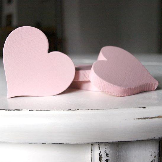 #wooden #hearts 💗💗💗 #pink #woodworking #deatils #weddingdetails #serce #zdrewna #serduszka #vsco #vscocam #wood #worldofwood #wow 😊
