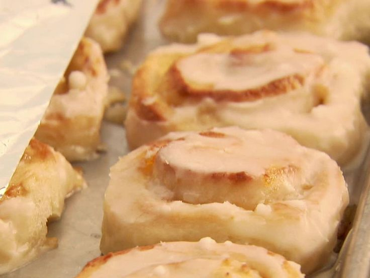 Orange Sweet Rolls from The Pioneer Woman- Breakfast tomorrow....I have a Pioneer Woman obsession!