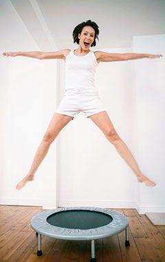 Durch Trampolin springen kann man prima abnehmen - Tipps, wie es geht und worauf man achten sollte