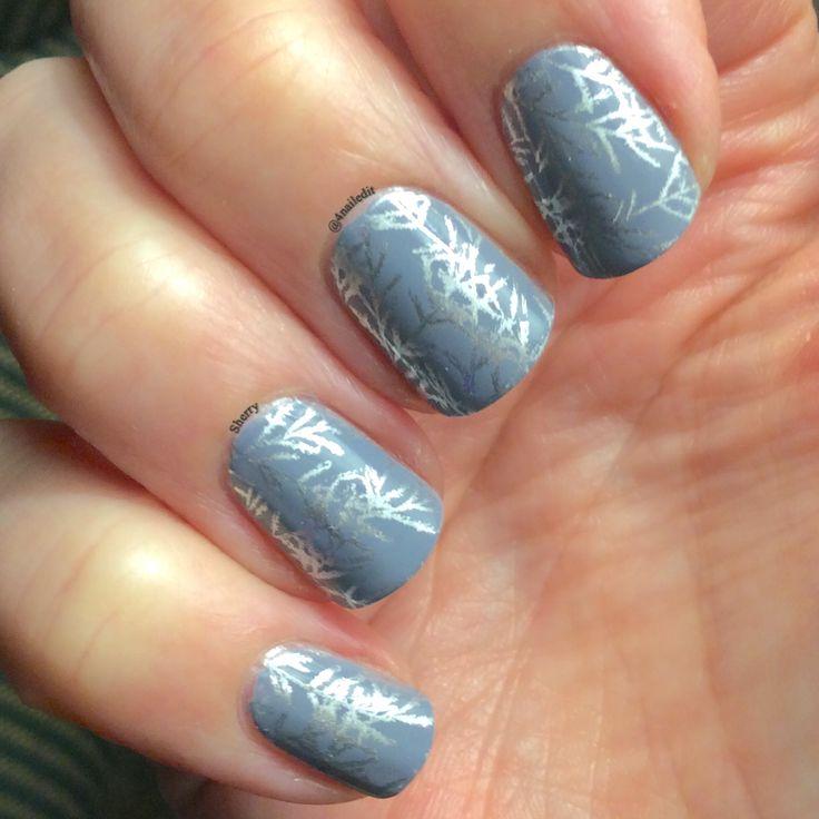 Lina Nail Art Supplies 4 Seasons Winter 01 Essie Petal Pushers, OPI Push and Shove Nail Polish stamping manicure Winter nails @4nailedit