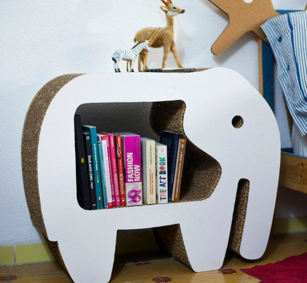 CartonLab is an innovative Spanish company that specialises in building eco-friendly furniture and decorative pieces for kids entirely out of cardboard.