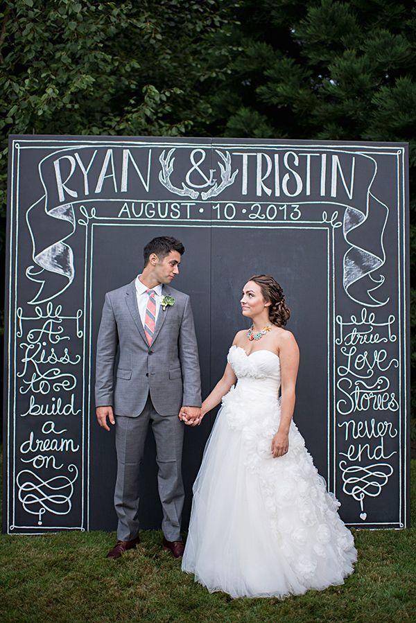 10 DIY Wedding Photo Booths 19 best