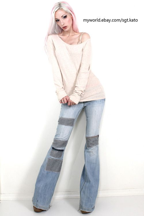Loose Sweater And Jeans, I Could Rock This On A Lazy Day. Kato Is A Goddess!