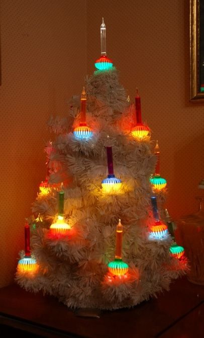 1950s Christmas tree with Bubble Lights