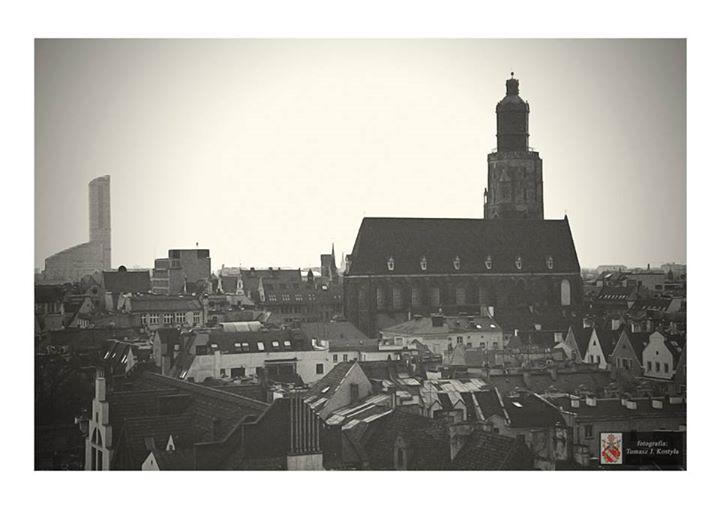 Wrocław Analogowo Tomasz J Kostyła  https://www.facebook.com/Wroclaw/photos/a.250786751796684.1073741853.173020042906689/396040657271292/?type=1&permPage=1