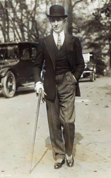 Couturier Jean Patou,1924 ntk jean patou người đã tạo nên những chiếc váy có eo thấp rất đẹp