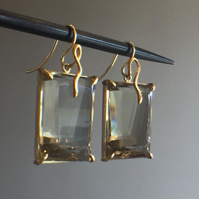 Citrine cubist earrings with serpent wire details by Rosanne Pugliese. #citrine…
