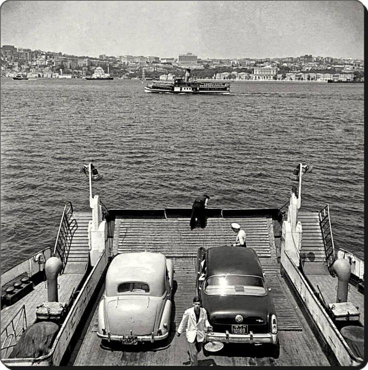 Araba vapurundan Boğaziçi - 1964 Fotoğraf : Ara Güler