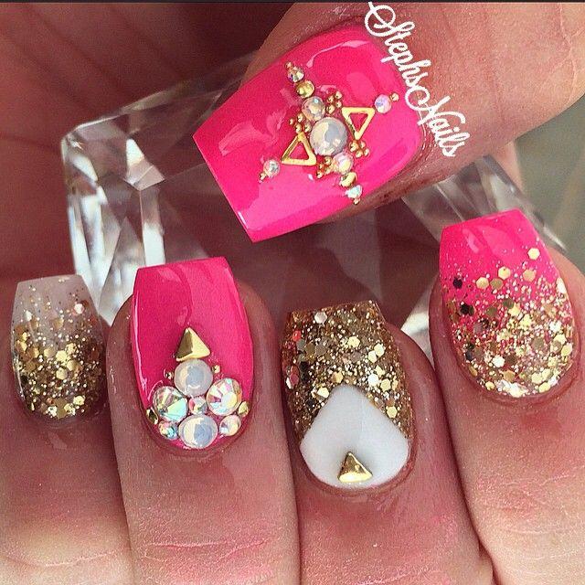 Stephanie Rochester @_stephsnails_ #hotpink#gold#chu...Instagram photo   Websta…