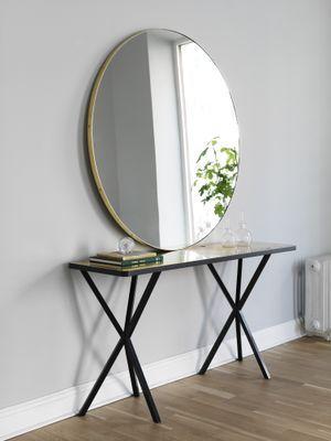 NEB Round mirror with brass edge