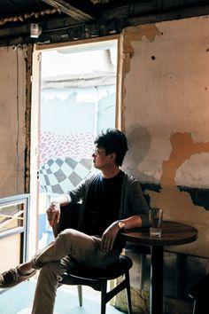 四十二 세의 소설가 / around magazine vol.29 / photograph by ahn seongeun