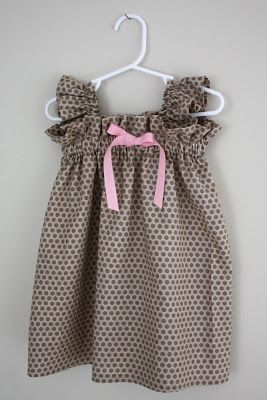 Ruffly Dress Tutorial-Super easy And really cute!  Don't like the ruffly sleves but it's still a very cute dress and my daughter would look very cute in it.