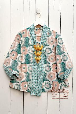 ME1008.2119 Kartika Batik Top -L