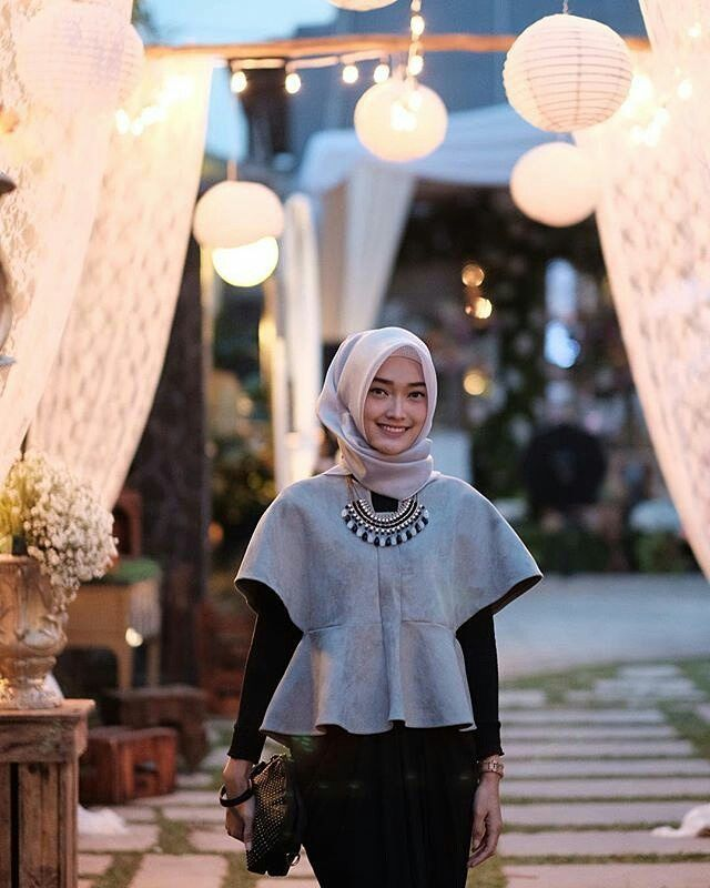 Fashion-Baju-Hijab-Simple-2018.jpg (640×800)