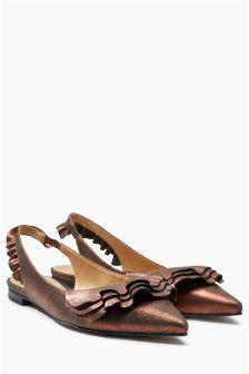 Кожаные туфли с острым носком и рюшами