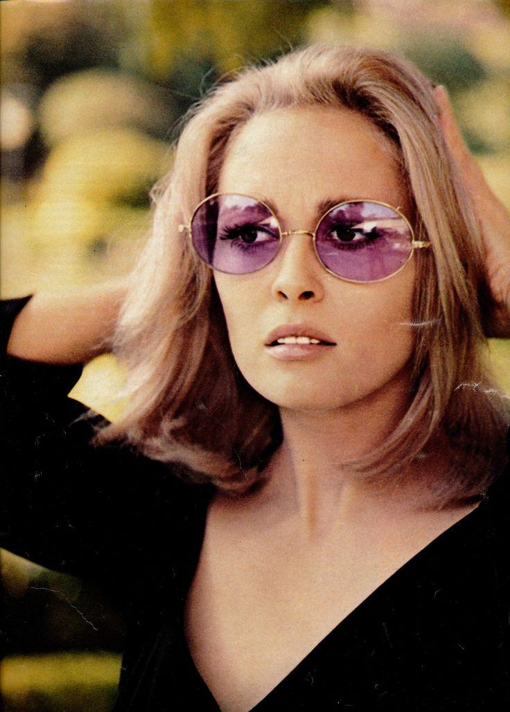 Faye Dunaway (1969)