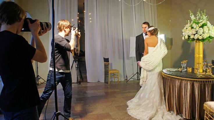 """В предверии наступающего свадебного сезона агентство """"Tiffany Wedding SPb"""", в содружестве с партнерами, решили подготовить цикл модных направлений.  Первым пробным проектом стал для нас стиль арт-деко.   #wedding #gatsbywedding #weddinggatsby #artdecowedding #weddingartdeco #spb #piter #peterburg #saintpetersburg #petersburg #tweddingru #tiffanywedding  Свадьба в стиле Гэтсби, Gatsby Wedding, Wedding Art Deco, Ар Деко Свадьба, Свадьба Арт Деко, Art Deco Decor, свадьба в Питере"""