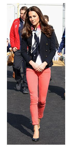 The Kate Middleton Look BookDuchess Of Cambridge, Coral Skinny, Coral Jeans, Coral Pants, Colors Jeans, Look Books, Kate Middleton Fashion Casual, Style Kate Middleton, Kate Middleton Style Casual