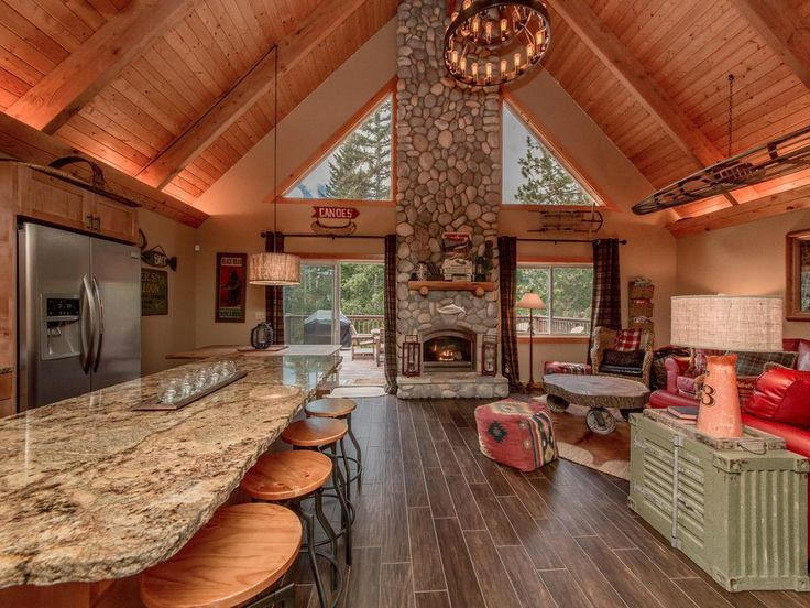 Great Room - Great Room at Driftwood Lodge!