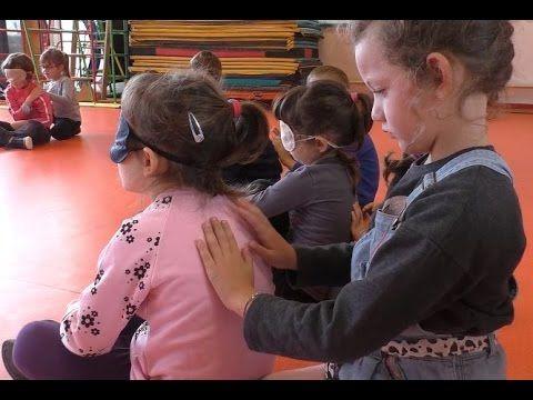 Maternelle: météo tactile (massage) - YouTube