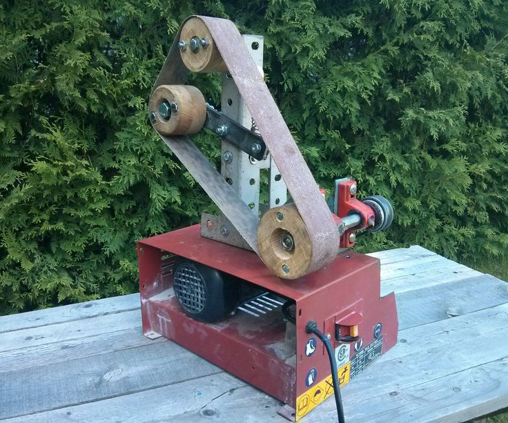 "Pinner said ""I've been knife-making for quite a few years, and have always relied on a 1""x24"" belt grinder, as well as my 4""x36"" bench sander to get the job done"
