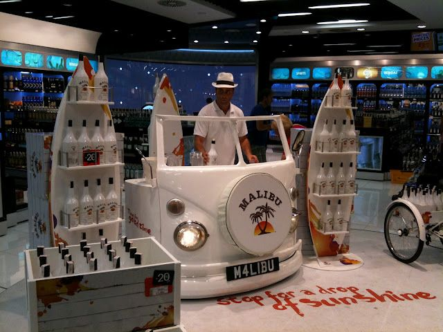 Cool display elements. Malibu Sampling at Alicante Airport | I spy experiential