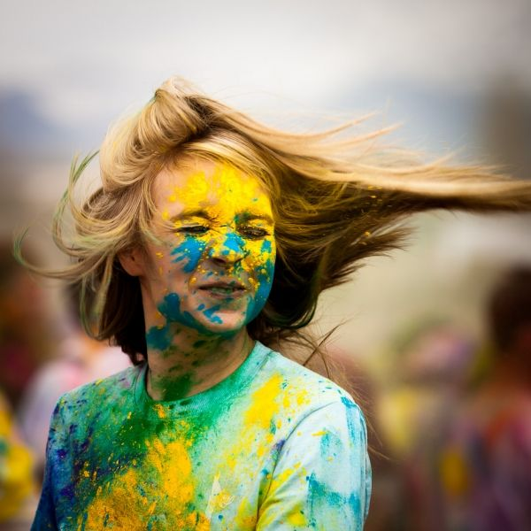 how to clean up after holi colour run