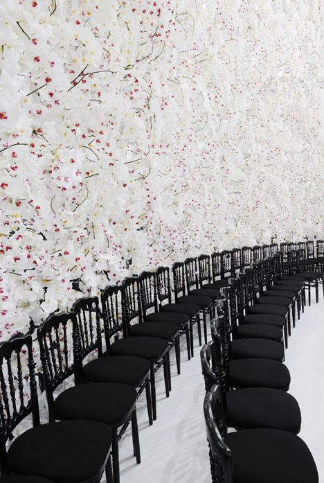 Dior Haute Couture Autumn Winter 2014  The contrast of black and white and the texture on the walls is amazing. If we could incorporate texture and contrast to our show it would be amazing.