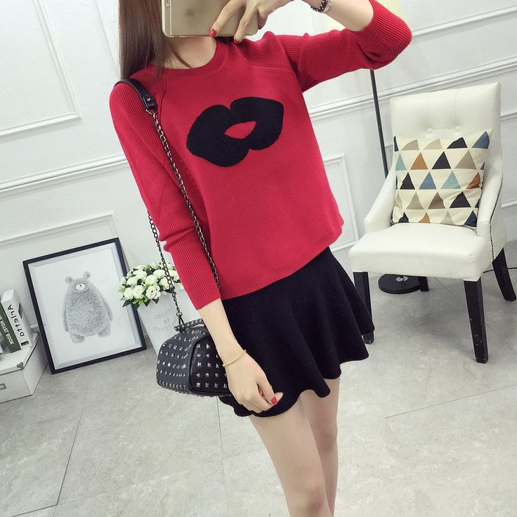 2016 Korean large lips patterns Pullover female pure short sweater