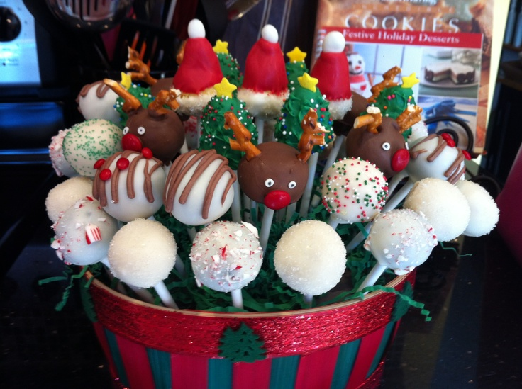 Christmas cake pop display - chocolate, vanilla, spice cake and peppermint.