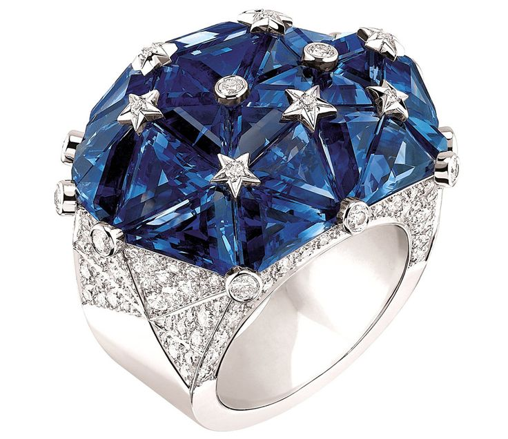 """Chanel """"Facettes"""" ring in 18-karat white gold set with 158 brilliant-cut diamonds and 27 fancy-cut sapphires"""