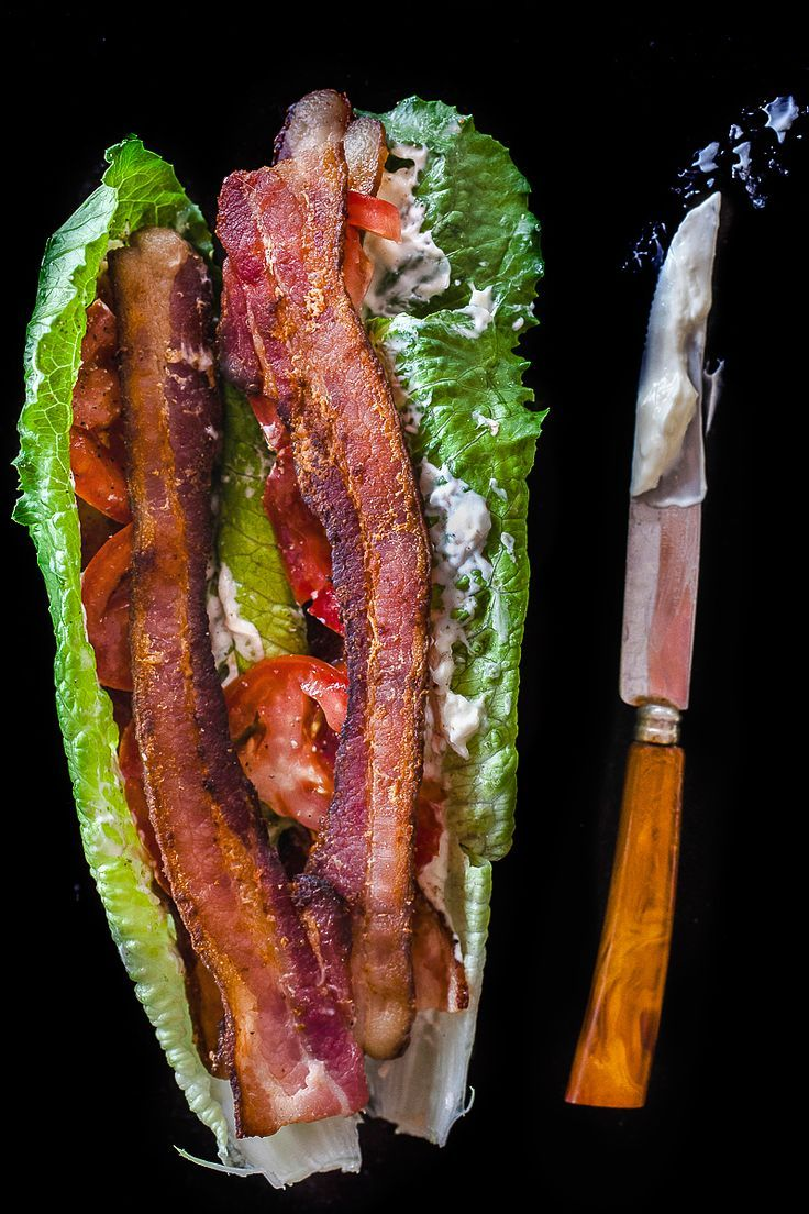 "Carbless Meals Carbless Recipes Quest Lunch BLT Lettuce Wraps Gluten free ""Bacon, Lettuce Tomato Wraps #paleo -- quick, easy, and satisfying. don't miss the bread at all!"" 4 slices on bacon, preferably applewood smoked 1 tomato, sliced thin 2 whole romaine leaves 2 tablespoons mayonaise salt and pepper to taste"