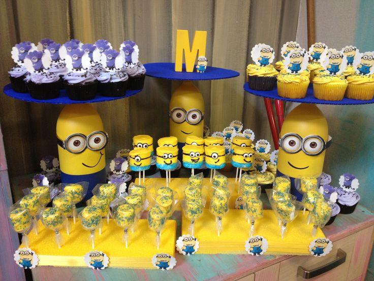 Sweets Table Despicable Me 2   Festa Minions   Pinterest ...