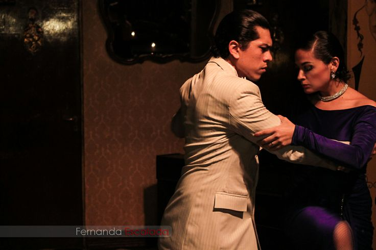 Tango es la esencia, el aroma, el carácter de  Buenos Aires  Me encantaría conectarme contigo en mi Fan Page de facebook:  https://www.facebook.com/FerArtEscalada
