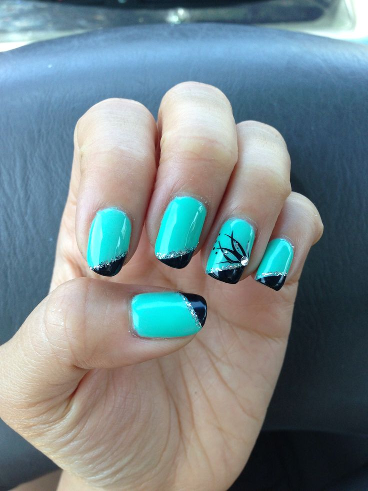 Black Gel Nails With One Silver Glitter Nail: Half Teal Half Black Gel Nails