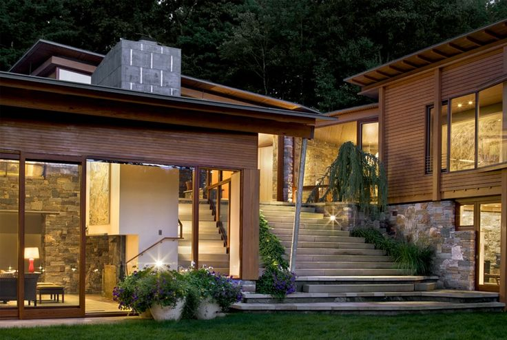 8 best images about houses on sloped sites on pinterest for Hillside architecture