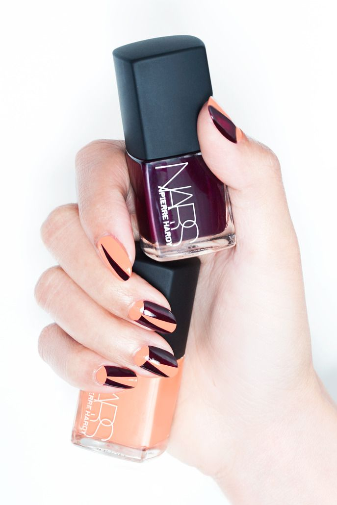 Sephora Glossy / FRONT/CENTER: DECO MOON MANICURE WITH PIERRE HARDY FOR NARS