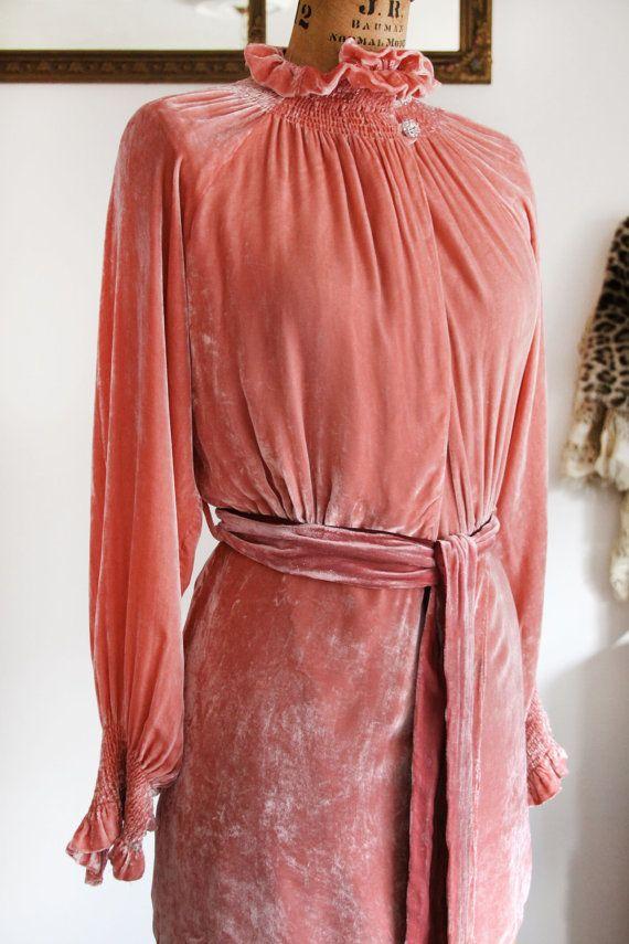 1930's Silk Velvet Blouse | LacyDressesVintage