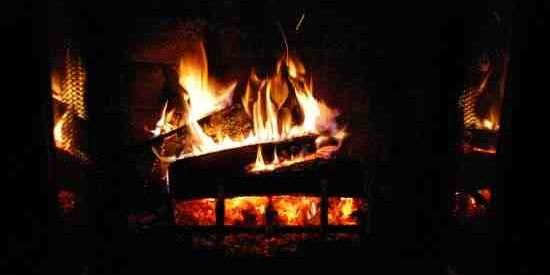 How to Clean Dirty Bricks in a Fireplace