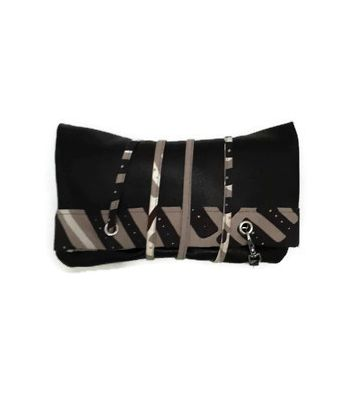 Picture- 2 in 1 clutch and tote