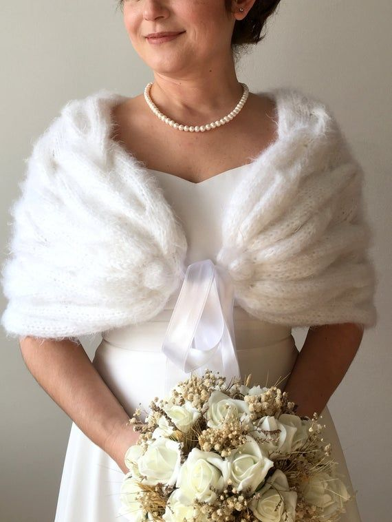 Bridal Shawl Bridal Shrug Wedding Shawl Wraps And Shawls Etsy In 2020 Bridal Shawl Wedding Shawl Bridesmaid Shawl