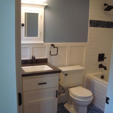 23 best images about craftsman bathroom on pinterest for Californian bungalow bathroom ideas