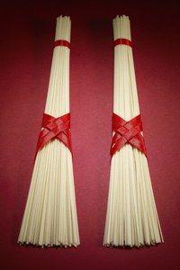 Spaghetti-Spiel - 7 lustige Hochzeitsspiele