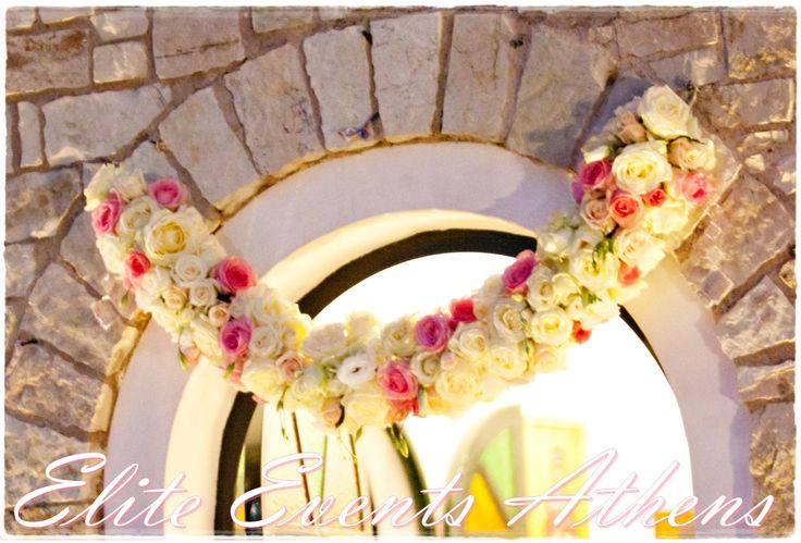 A 'bloomy wedding' that smelled like spring... by Elite Events Athens