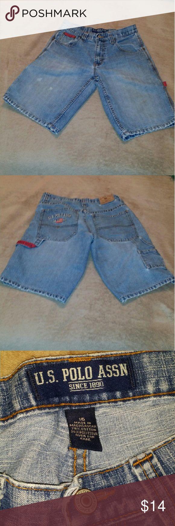"U.S. Polo Association Jean Shorts U.S. Polo Association Jean medium blue Cargo Shorts.   78% Cotton  24% Polyester  10"" Inseam U.S. Polo Assn. Bottoms Shorts"